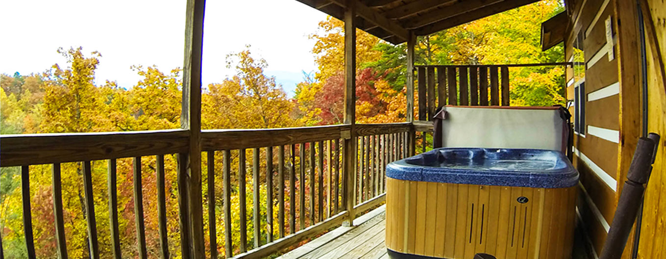 Vacation rentals in the smokies for Cabin in gatlinburg with hot tub