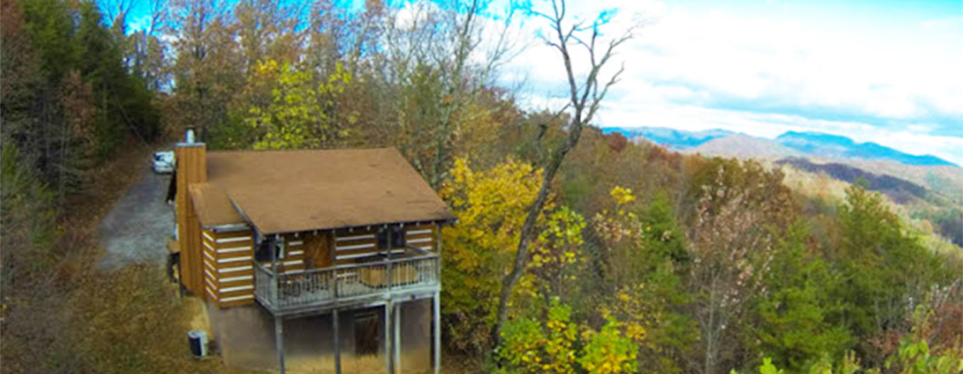 Autumn-Ridge-Cabin-Rentals,-Gatlinburg-Honeymoon-Cabins