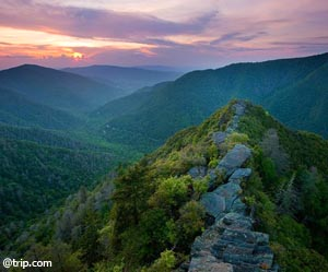 Summit at The Chimneys - Hike the Smoky Mountains