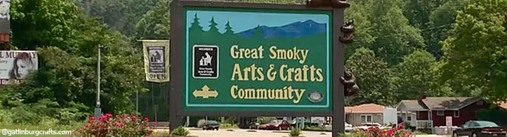 Best Smoky Mountains Souvenirs - Where to Buy Souvenirs in Gatlinburg